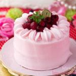 赤い実のピンククリームショートケーキ