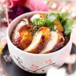 オーブンで仕上げる 鶏むね肉のきじ焼き丼