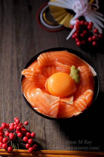 サーモン刺身卵かけご飯-2