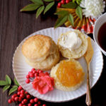 スコーンwith自家製柚子ジャムとクロテッドクリーム