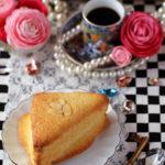 トライアングルパン(クリームチーズサンドの三角帽子パン)