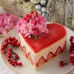 ハートの苺ムースケーキ