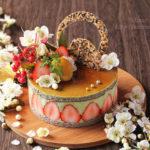 苺、黒胡麻&抹茶と豆腐のムースケーキ