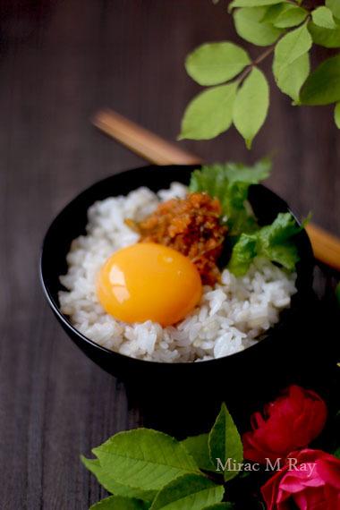 玄米もち麦飯で味よし子っこちゃん卵かけご飯