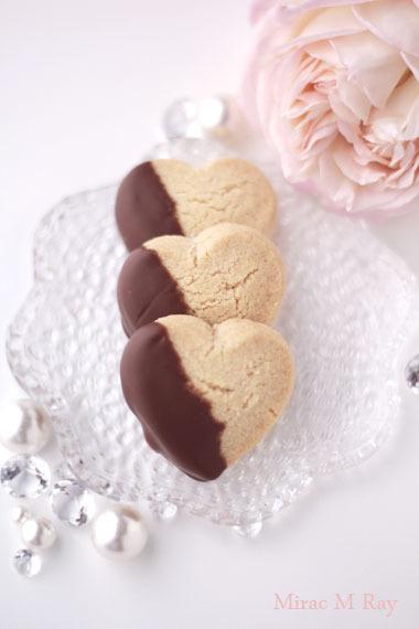 ハート形ミルクチョコがけココナッツちんすこう