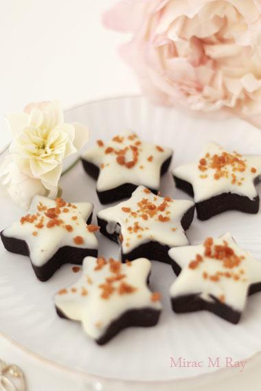 ホワイトチョコレートがけ星形ブラックココアちんすこう レシピ