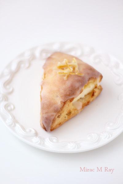 シュガーグレーズドハニーレモンクリームチーズスコーン【レシピ】
