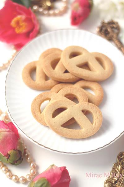 【レシピ】プレッツェル形・きび砂糖型抜きクッキー