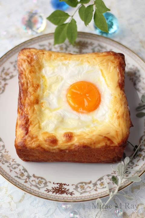【レシピ】オーブンで焼く!贅沢に分厚いラピュタパン・スライスチーズ入り(マヨネーズエッグトースト)