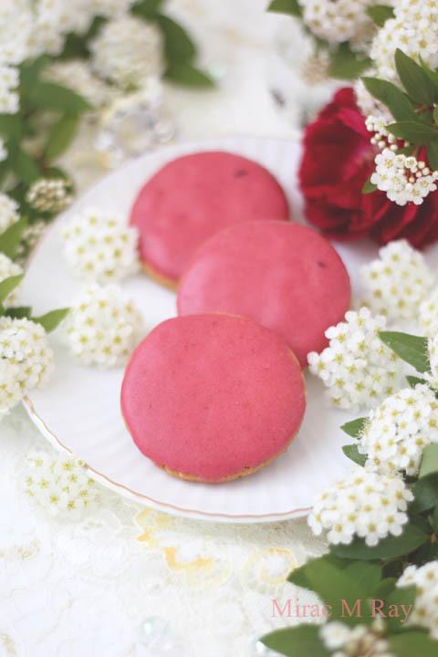 【レシピ】ヴィヴィッドピンクの世界。サブレフランボワーズ(ラズベリーアイシングクッキー)