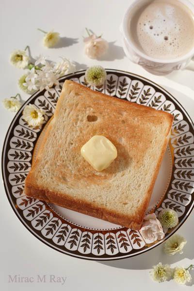 トーストとバターとコーヒーと。