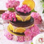 オレンジチョコレートババロアの2段デコレーションアントルメ・ケーキ