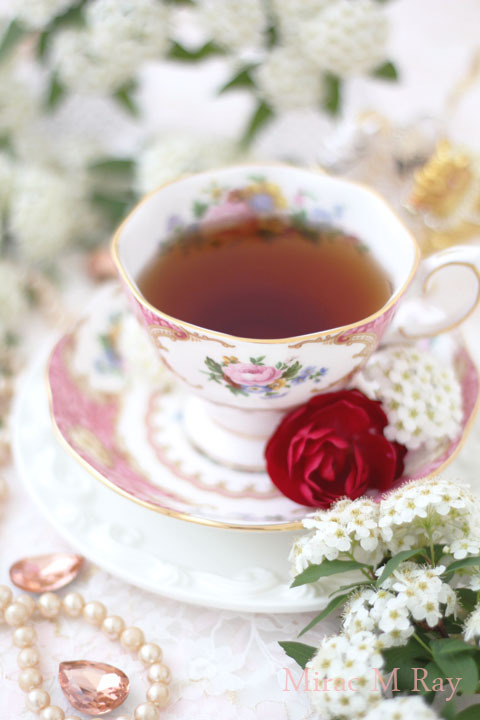 Tea time in Spring with Royal Albert Lady Carlyle tea cup